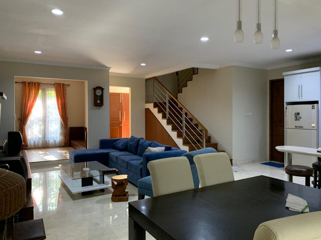 2 Floor house in Compound Fuenlabrada